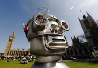 Europa quer antecipar chegada de robots inteligentes