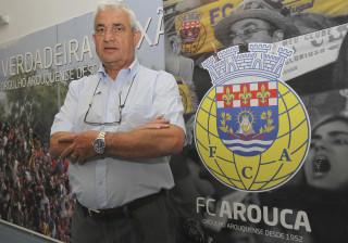 Carlos Pinho espera jogo