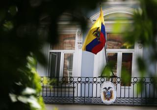 Equador: Candidato pró-governamental não evita segunda volta