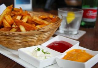 Nove dicas para conseguir batatas fritas crocantes como as do restaurante