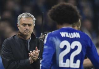 Mourinho quer quatro reforços e um deles joga no Chelsea