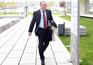 Relação mantém decisão de devolver processo de Pereira Cristóvão