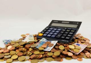 Poupança e orçamento: Portugueses estão a melhorar hábitos financeiros