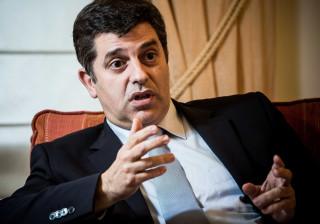Ministro da Economia espera subida no rating de Portugal já este ano