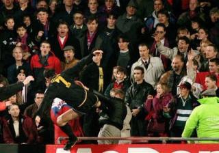 Cantona e o pontapé a adepto: