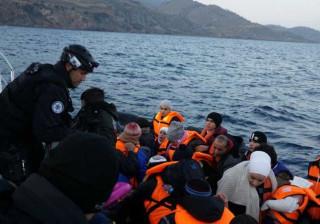 Agência europeia crítica ONG que ajudam migrantes ao largo da Líbia