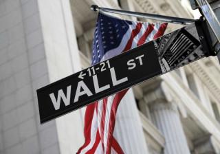 Wall Street fecha em alta com novo recorde do Nasdaq