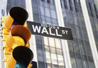 Wall Street negoceia em máximos à boleia dos bons resultados das empresas