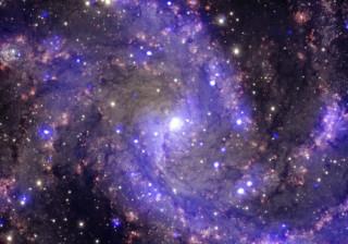 Bolhas de gás e poeiras ajudam a perceber a formação das galáxias