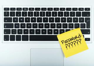 Dificuldade em recordar palavras-passe? Considere esta (preciosa) ajuda