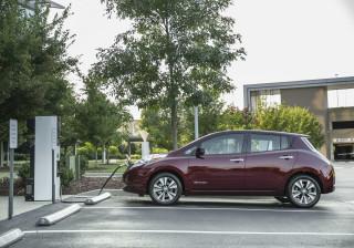 A partir de 2025, elétricos serão mais baratos que carros a gasolina