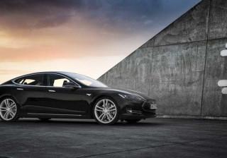 Fuga de informação revela autonomia e potência do próximo Tesla