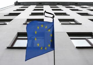 Taxa de emprego na UE atinge em 2016 novo máximo de 71,1%
