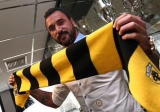Hugo Almeida acaba a guarda-redes rumo à final da Taça da Grécia