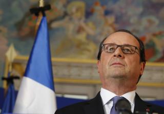 Hollande vai votar em Macron para combater um risco chamado Le Pen