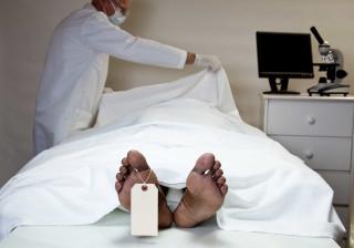 Jovem acordou subitamente a caminho do seu funeral