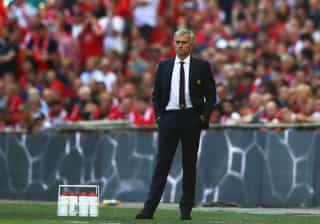 Se este convite fosse aceite, Mourinho podia não ter ido para o United
