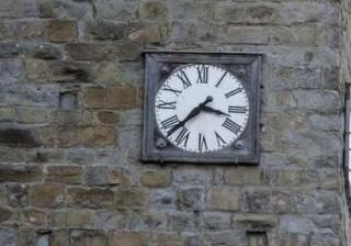 Em Amatrice o relógio parou à hora do terramoto