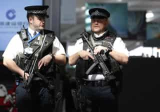Londres: Polícia detém suspeito de preparar atos terroristas