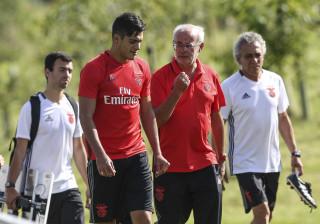 Preocupação da direção do Benfica levou a reunião com equipa médica