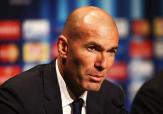 """França: Zidane apela a """"evitar ao máximo"""" a Frente Nacional"""