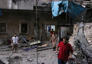 Pelo menos dois barris de explosivos atingiram maior hospital de Alepo