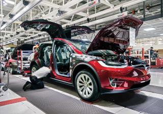 Fábrica da Tesla tem número de acidentes de trabalho superior à média