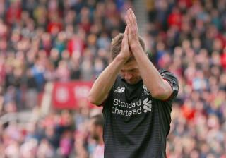 Gerrard vai voltar ao Liverpool... mas não como jogador