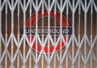 Estação de metro em Londres evacuada