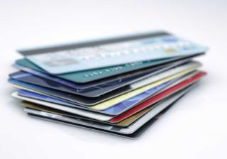 Compras com cartão aumentam 9% em 2016 para 38 mil milhões