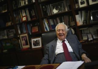 Comissão Política do PS abre com minuto de silêncio em memória de Soares