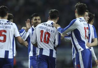 [3-0] FC Porto aproveitou deslizes dos rivais e regressou aos triunfos