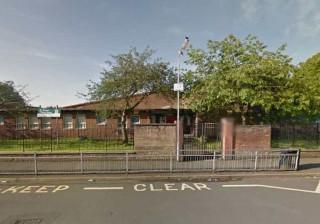 Glasgow: Tiroteio nas imediações de uma escola primária assusta pais