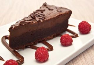 Aprenda a fazer um delicioso cheesecake de chocolate com café