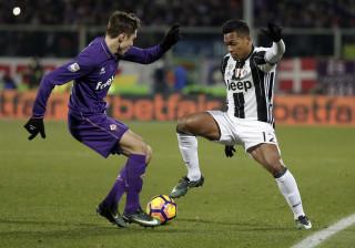 Alex Sandro deixa Juventus em alerta antes de jogo com o FC Porto