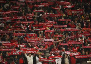 Benfica SAD anuncia recomposição