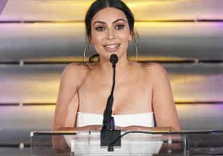 Kim Kardashian arrasa num biquíni vintage Dior