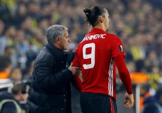 José Mourinho garante não estar preocupado com a renovação de Zlatan