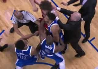 Serge Ibaka e Robin Lopez protagonizam cena de pugilato na NBA