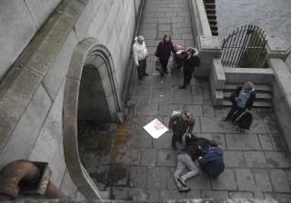 Imagens do terror que assustou Londres. Cidade em alerta