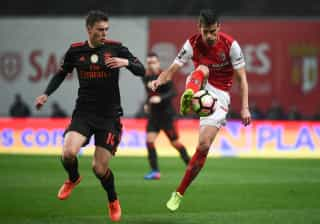 Ingleses insistem que José Mourinho não desiste de Lindelof