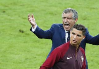 Aquecimento dos franceses fez Ronaldo dizer algumas palavras aos colegas