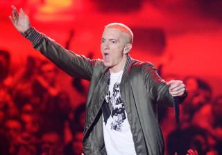 Eminem não aprova as fotografias ousadas que a filha mete na Internet