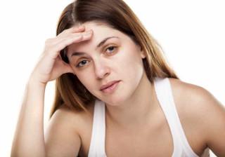 Quatro erros que quem tem olheiras pode estar a cometer