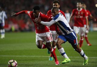 Nas contas do título, em que jogos Benfica e FC Porto poderão escorregar?