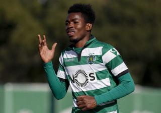 Gelson Dala garante pré-época na equipa principal do Sporting