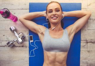 Os 37 melhores exercícios para queimar até mil calorias numa hora