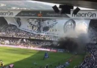 Adeptos protagonizam momento fantástico em Guimarães