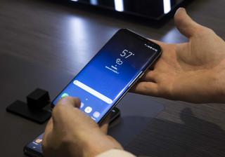 Samsung pôs 'mãos à obra' e já resolveu o problema dos ecrãs avermelhados