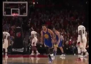 Como é que Curry já sabe que a bola vai entrar?